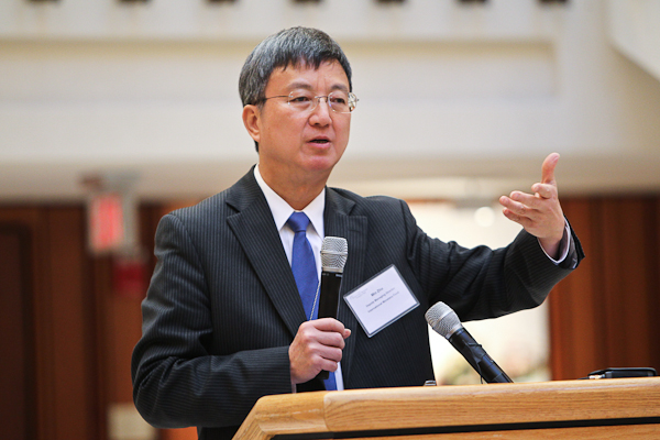 Min Zhu speaks at the 2012 Bretton Woods Committe Annual Meeting